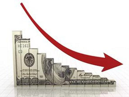 В чем причина снижения курса доллара?